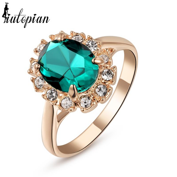 green tourmaline gem gold vintage ring with white stones