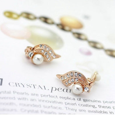 Wing Pearl Stud Earrings