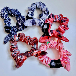 SMALL MINKY BOW SCRUNCHIE