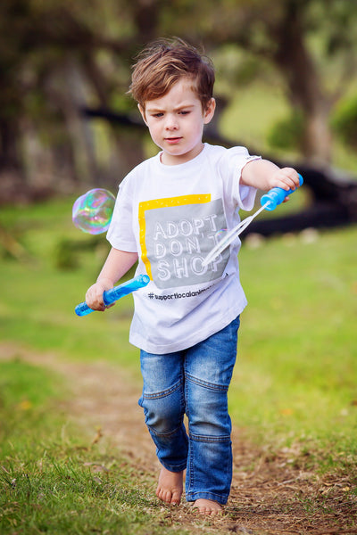 Kids T-shirt - Adopt, Don't Shop