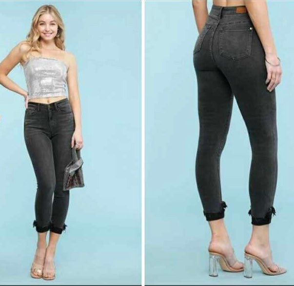 High Rise Skinny Fit Black Jeans