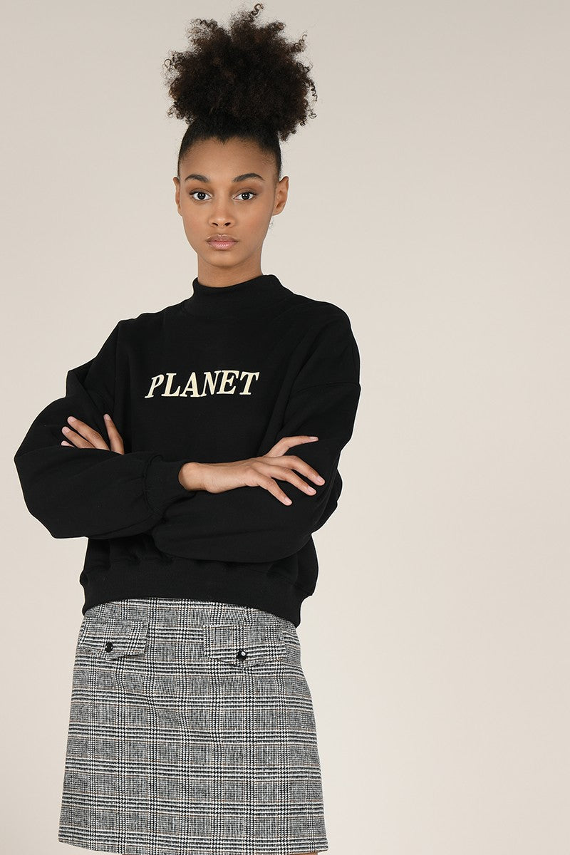 Planet Pullover