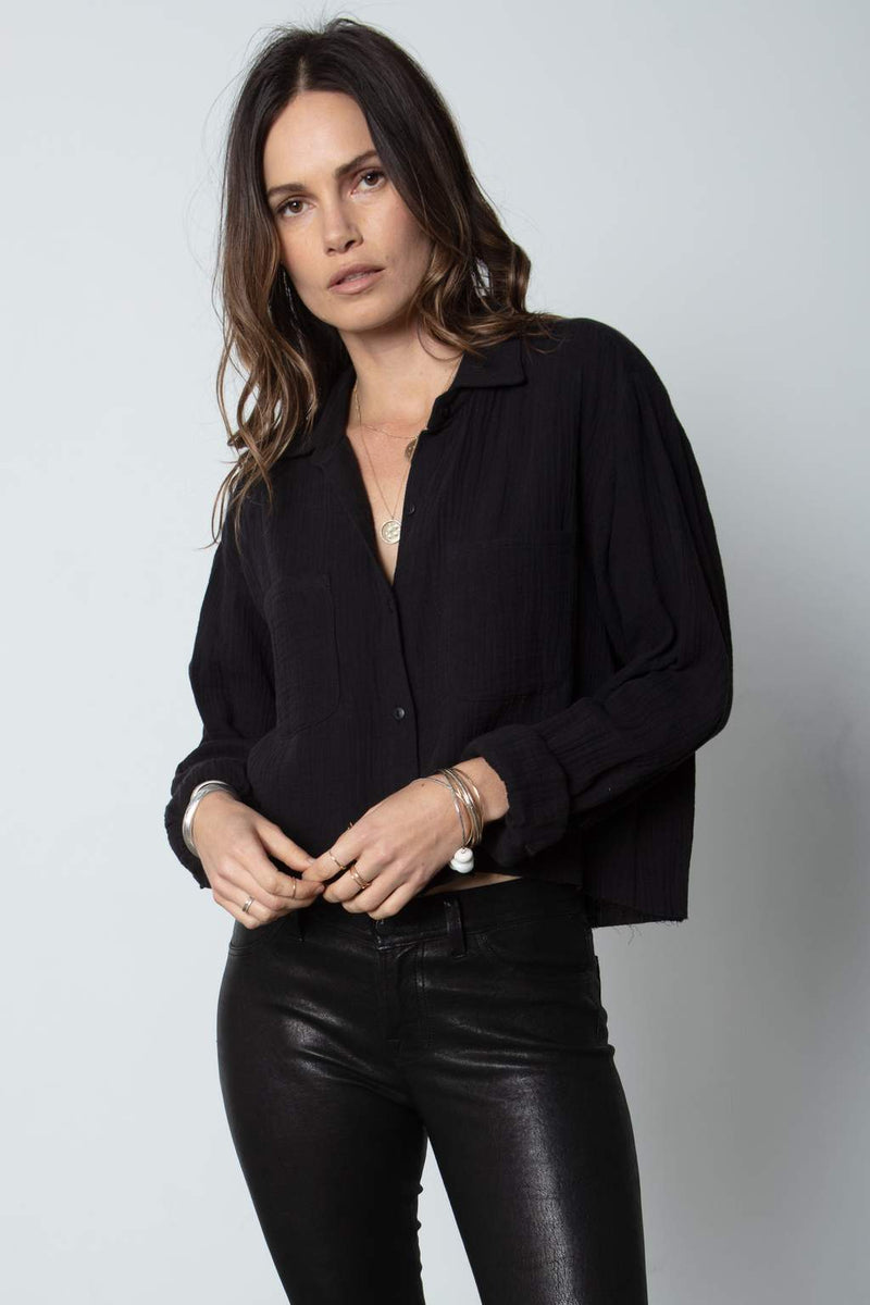 The Crop Favorite Shirt- Black