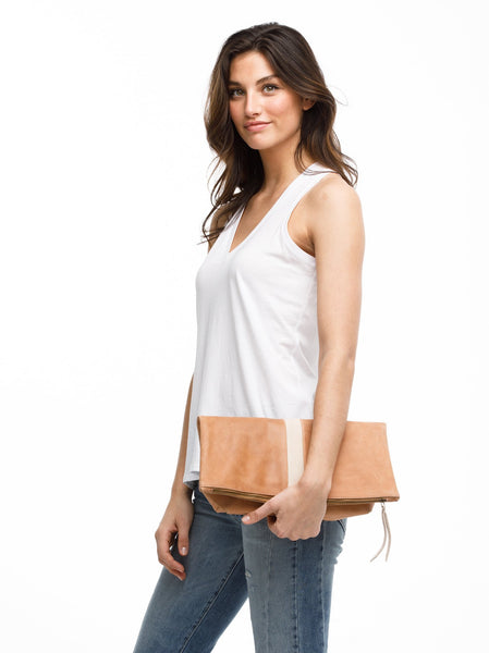 Foldover Emnet Clutch- Sand and Fog