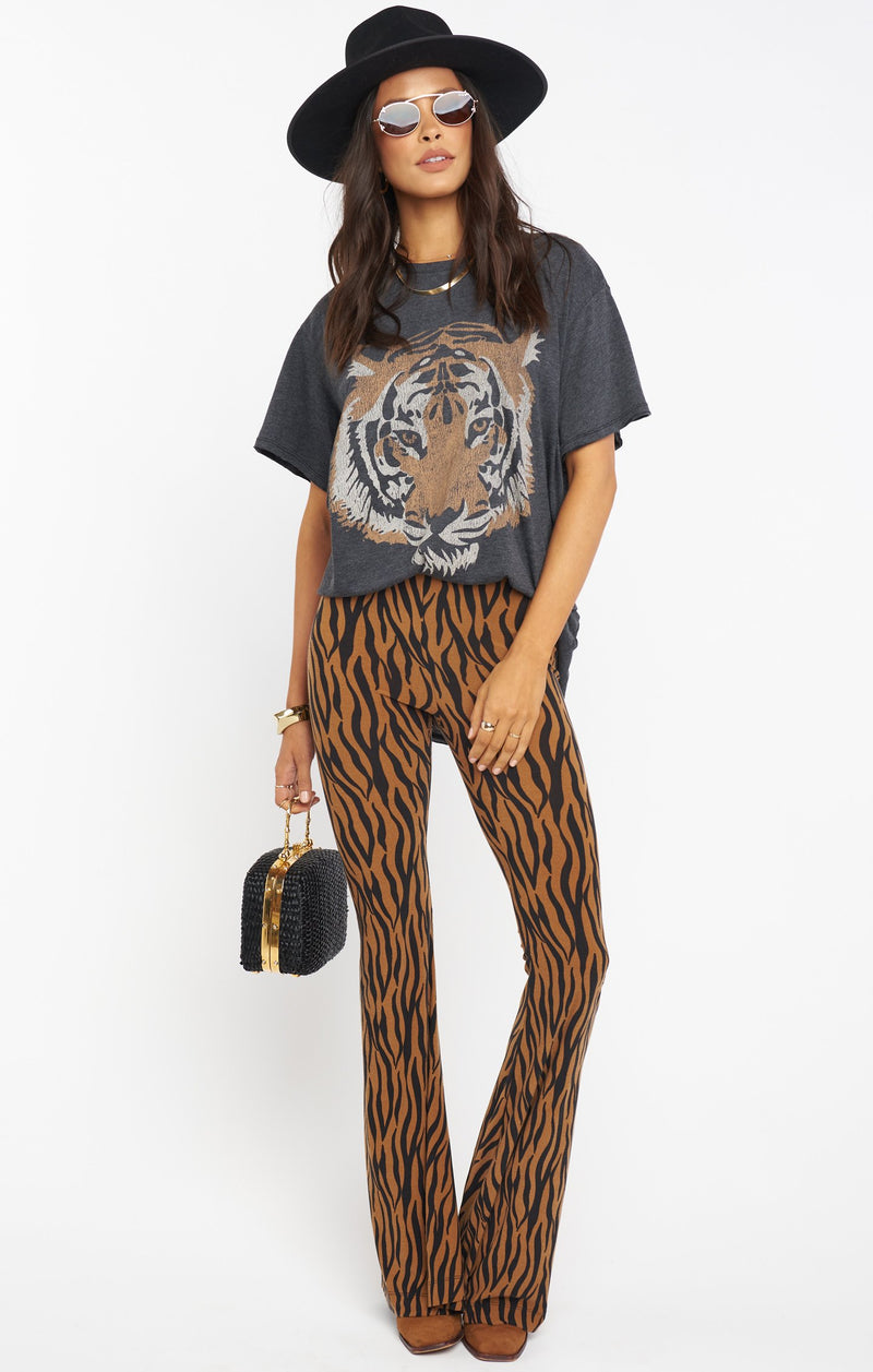 Airport Tee I tiger