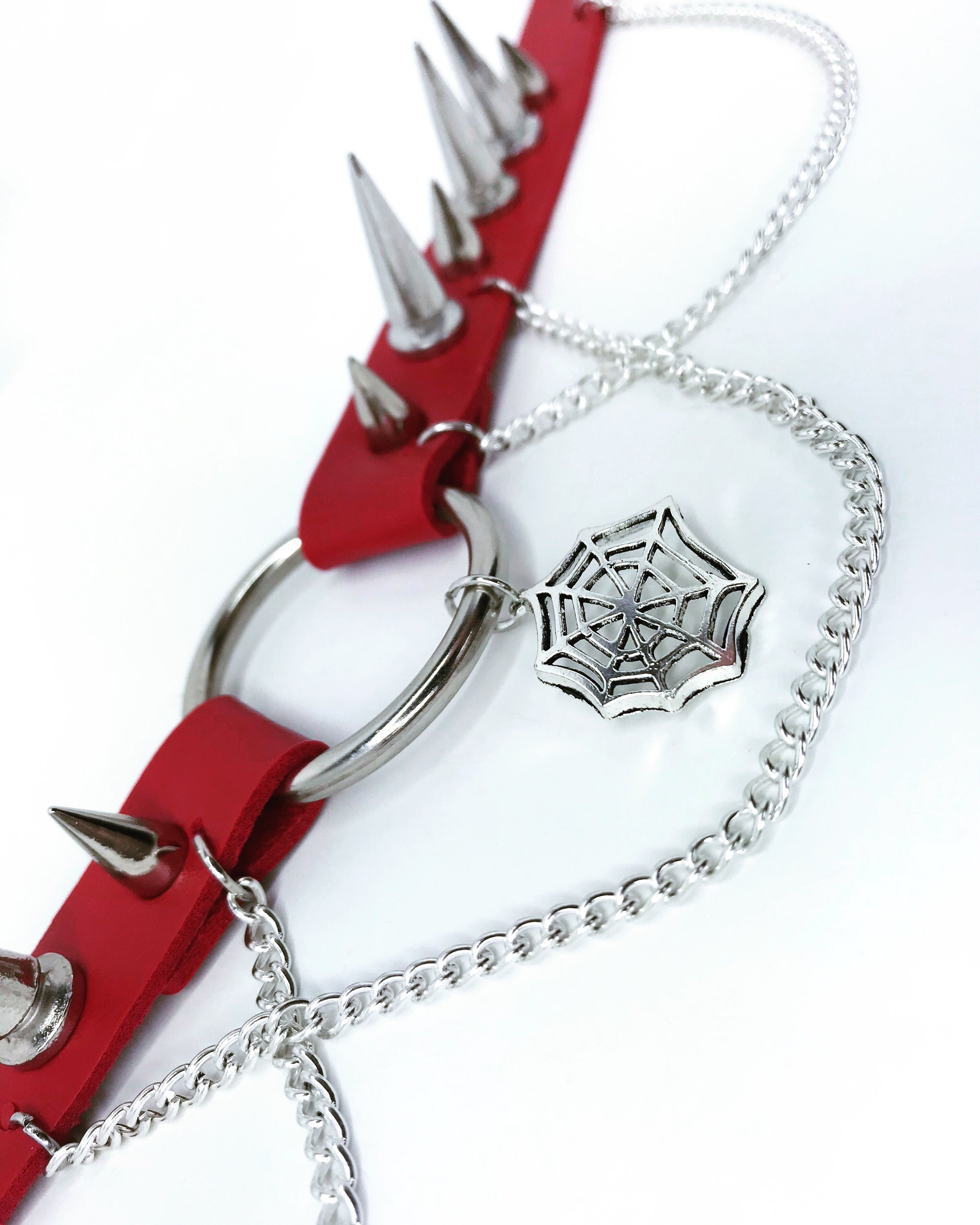 Widow Choker (Red)