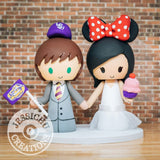 LSU Sports Fan and Minnie Mouse Bride holding Cupcake Wedding Cake Topper | Sports x Disney | Jessichu Creations