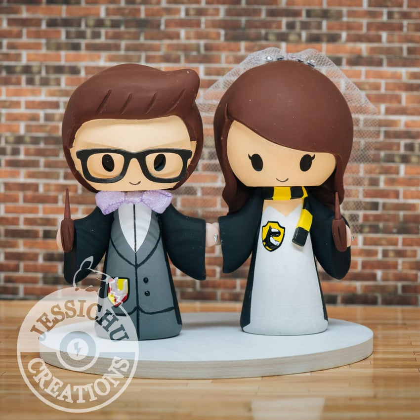 Harry Potter Couple Hufflepuff and Gryffindor Wedding Cake Topper | Jessichu Creations