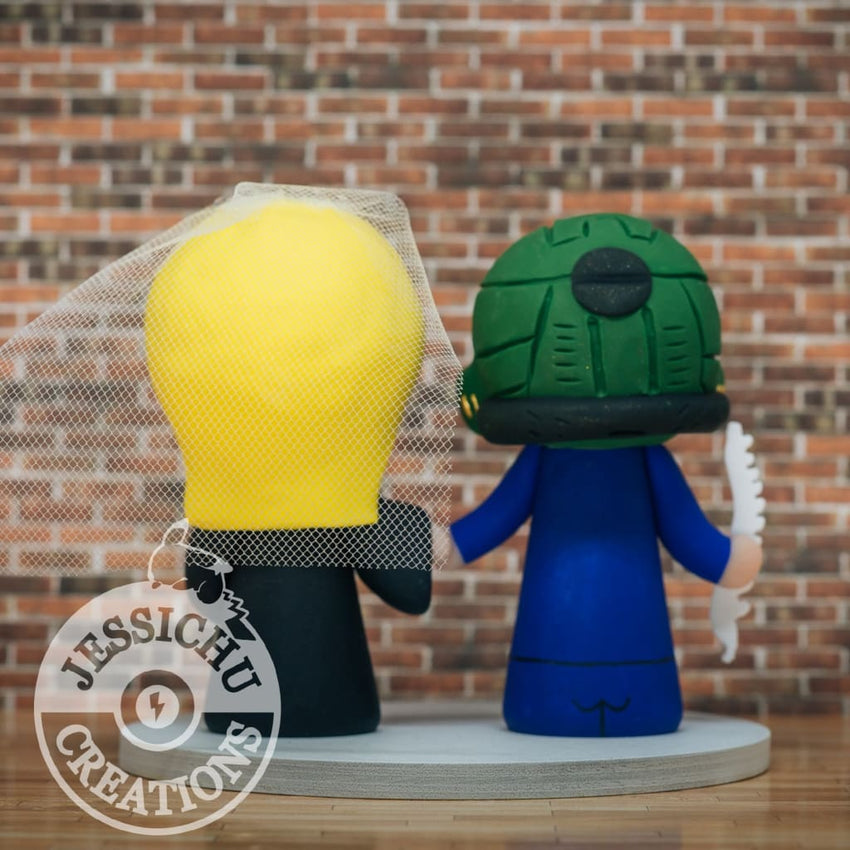 Master Chief Groom & Hufflepuff Bride Wedding Cake Topper | Halo x Harry Potter | Jessichu Creations