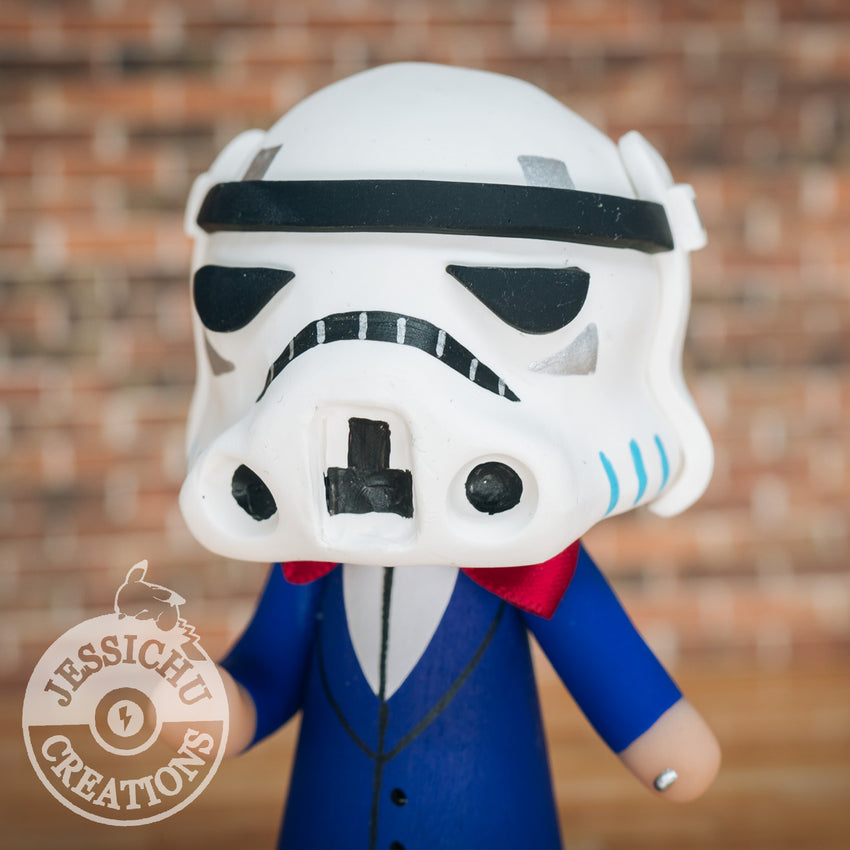 Stormtrooper Wedding Cake Topper | Star Wars | Jessichu Creations