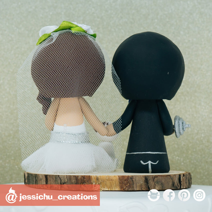 Workout Groom & Pretty Bride Custom Handmade Figurine Wedding Cake Topper | Wedding Cake Toppers | Cake Topper Gallery | Jessichu Creations