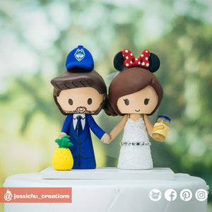UConn Huskies Fan & Disney Minnie Mouse Bride - Sports x Disney Inspired Wedding Cake Topper