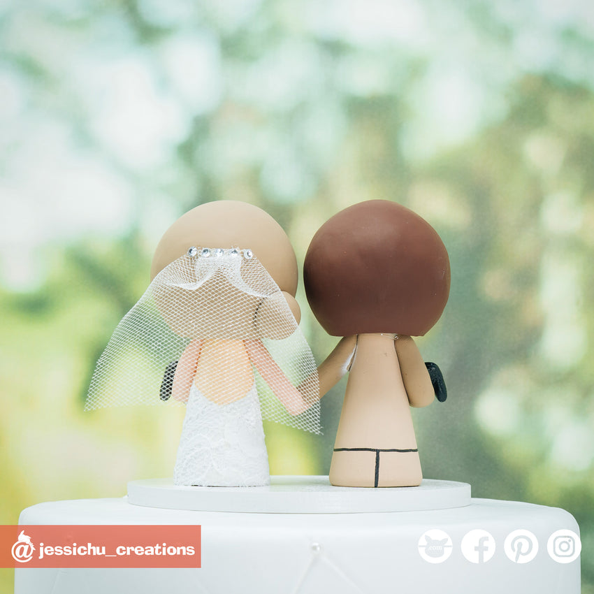 Nintendo Switch Gamer Couple Custom Handmade Wedding Cake Topper Figurines | Wedding Cake Toppers | Cake Topper Gallery | Jessichu Creations