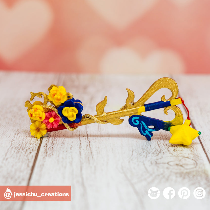 Kairi's Destiny's Embrace Keyblade | Accessories | Custom Handmade Wedding Cake Topper Figurines | Jessichu Creations Pets | Custom Handmade Wedding Cake Topper Figurines | Jessichu Creations
