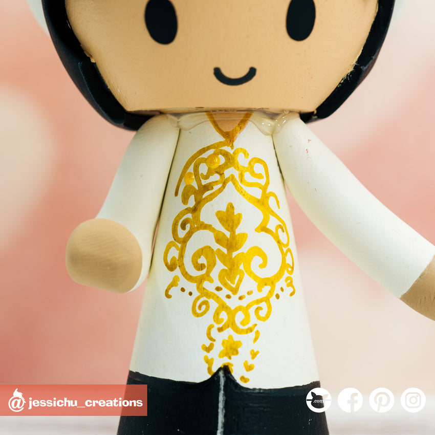 Traditional Vietnese Ao Dai Couple Custom Wedding Cake Topper