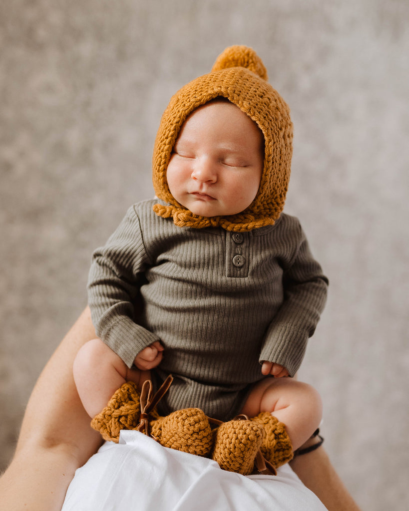 Snuggle Hunny Kids Merino Wool Baby Bonnet and Booties - Bronze