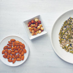 healthy lunch: nuts and seeds
