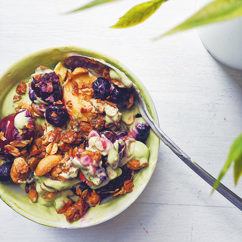 Healthy Recipe: Matcha Yoghurt Bowl