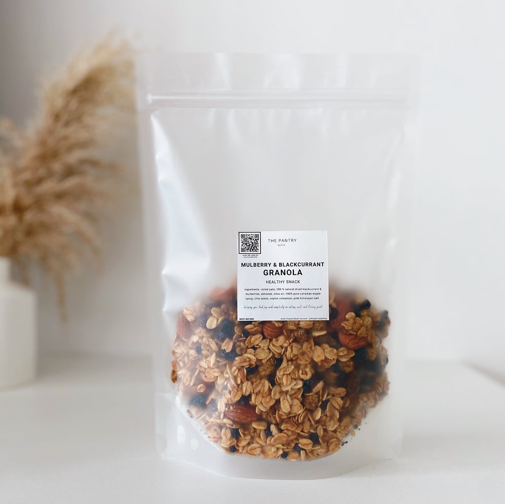 Healthy Snack | Blackcurrant & Mulberry Granola