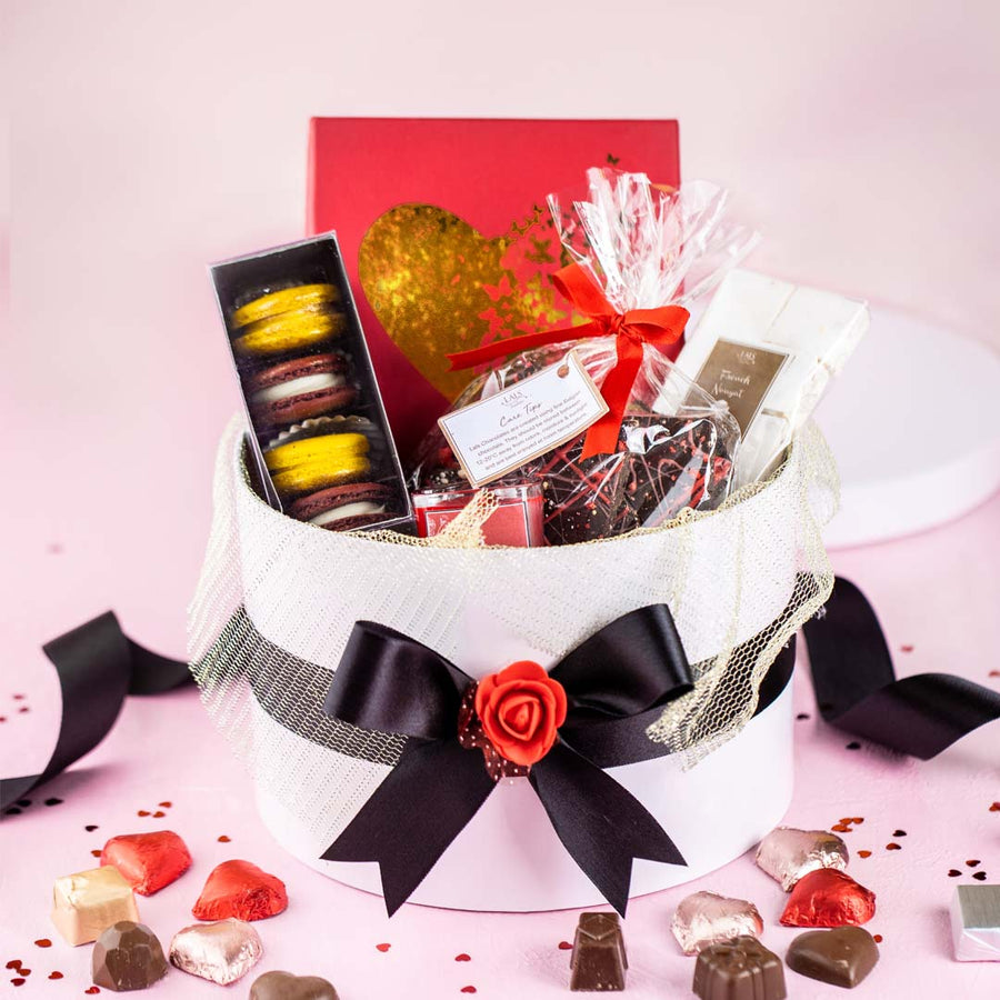 THINKING OF YOU ROUND HAMPER