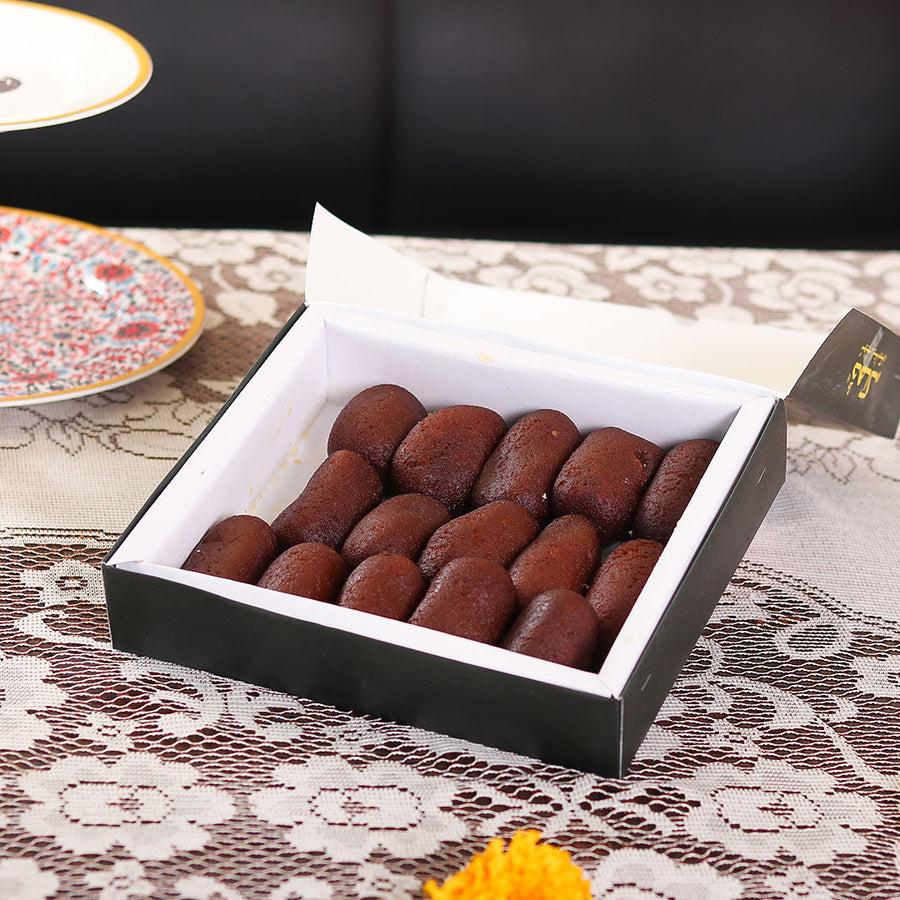 Gulab Jamun by Dacca Sweets 1kg - TCS Sentiments Express