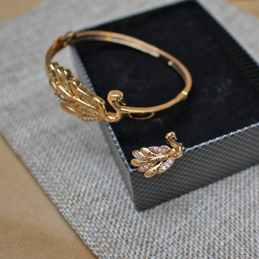 Swan Bracelet With Ring - TCS Sentiments Express