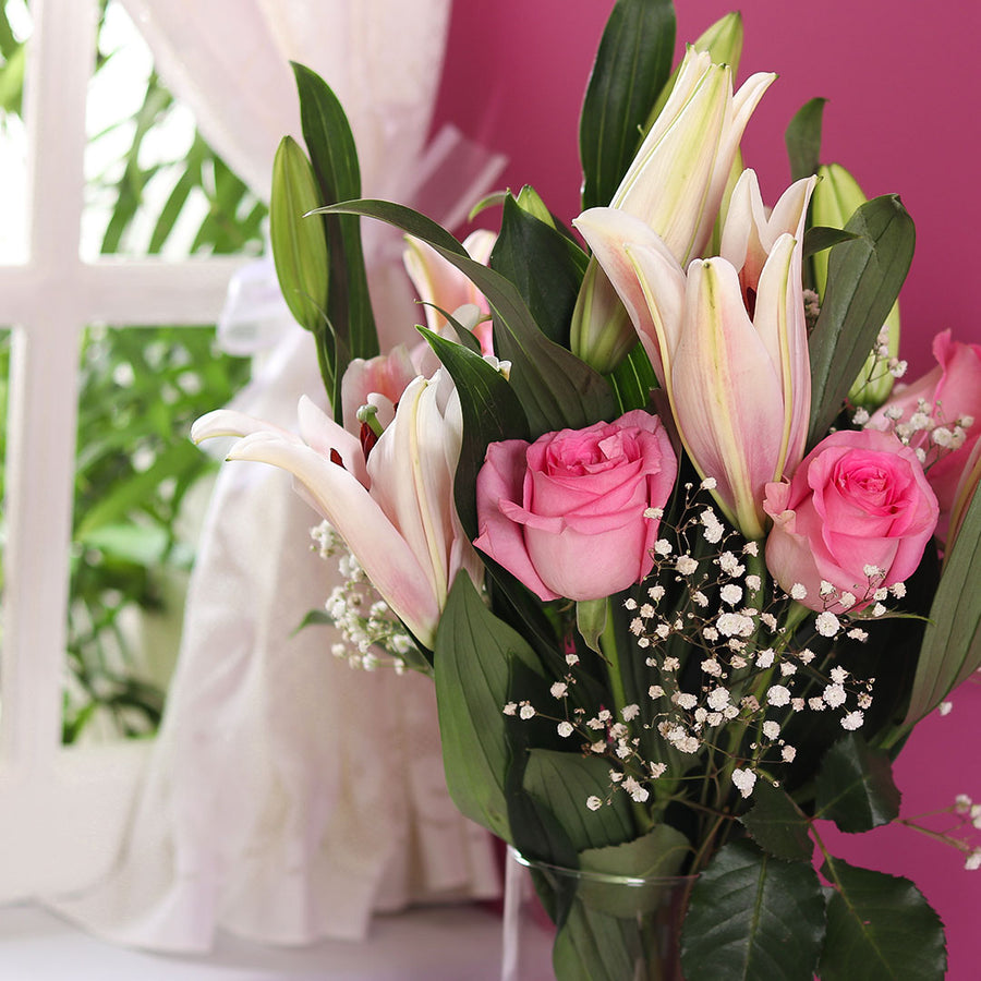 Pink Hues Bouquet - TCS Sentiments Express