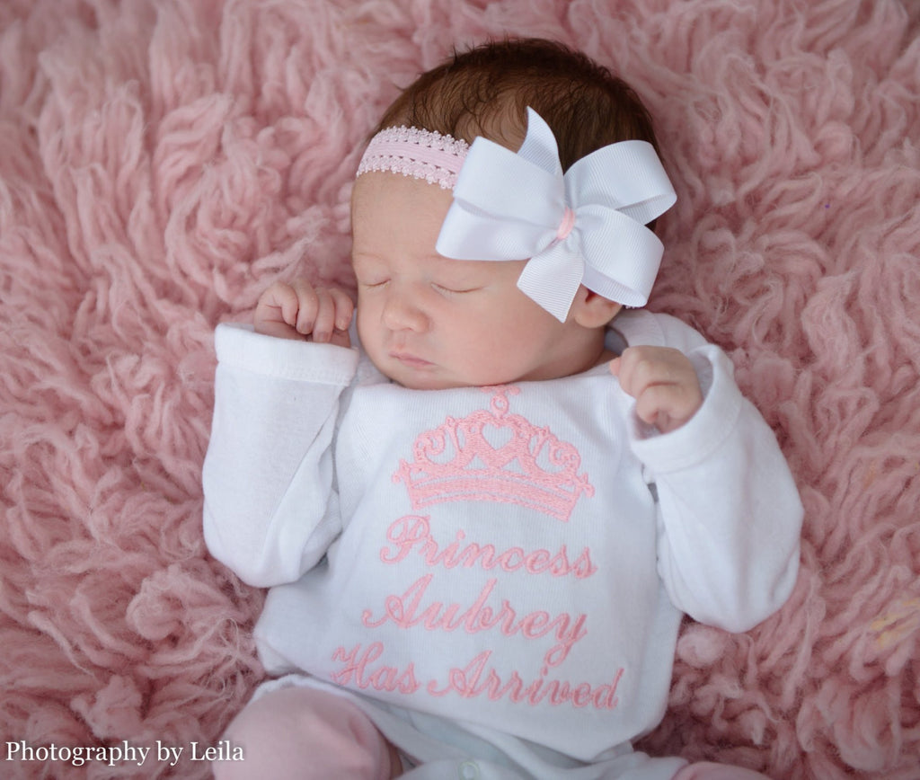 Well-known Princess Has Arrived Baby Girl Coming Come Outfit – BellaBabyBoutiques EZ77
