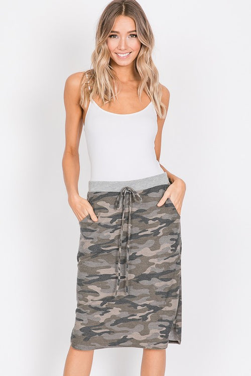 IN DISQUISE CAMO WEEKEND SKIRT