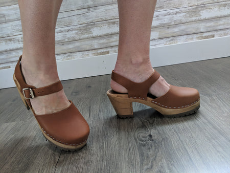 GERTRUDE CLOG IN NATURAL