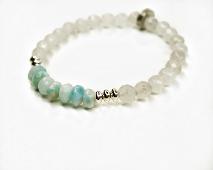 Larimar Glimmer Bracelet with White Agate