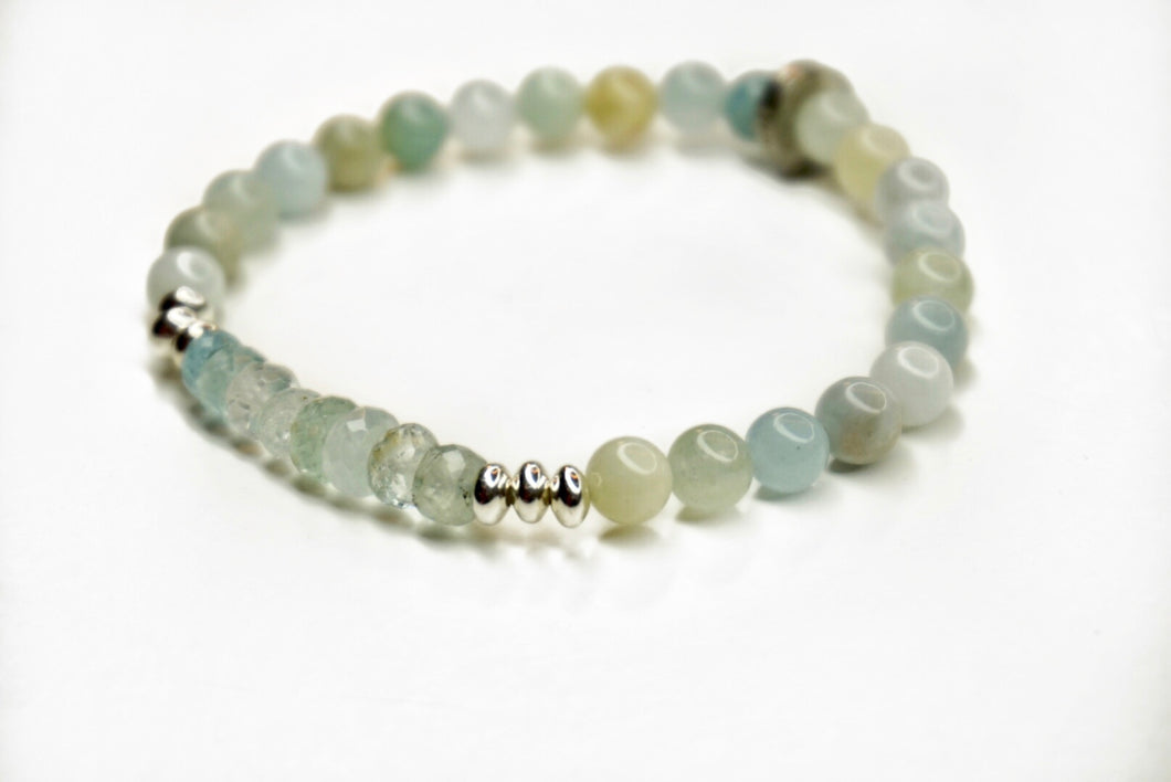 Aquamarine Glimmer Bracelet with Aquamarine