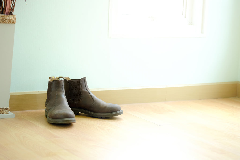 Tips On How To Wear Chelsea Boots For Men With Style
