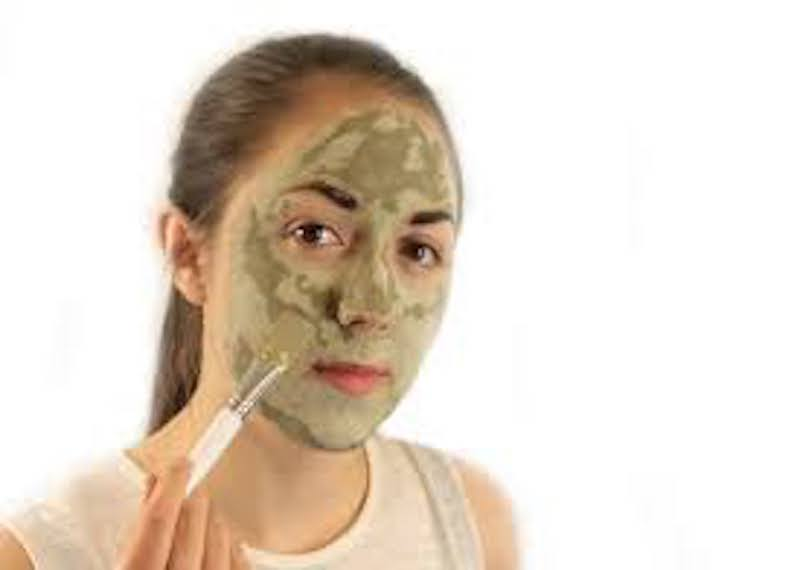 Eliminate Doshas And Enhance Your Skin With Natural Face Masks