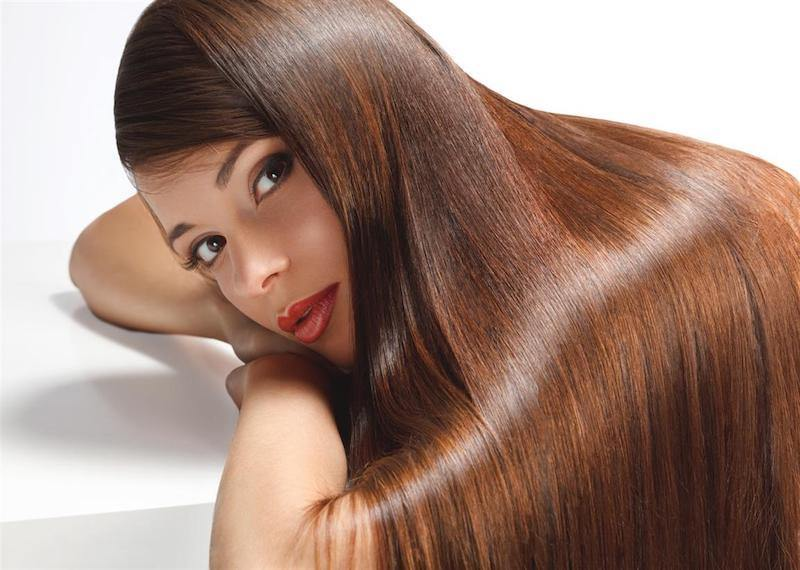 Get Strong, Healthy And Shiny Hair With Ayurvedic Hot Oil Treatment