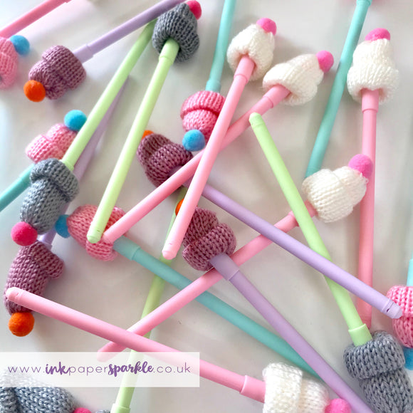 Woolly Hat Pen