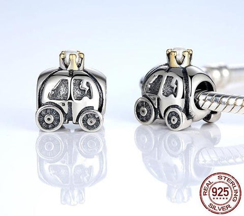 Royal Carriage Charm