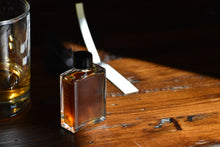 HEIRLOOM OAK - Natural Botanical Perfume - Memoirs Armoire