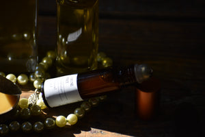 JASMINE HONEY - natural aphrodisiac lip oil