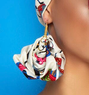 Dancing Sebba - Queen Hoop Earrings