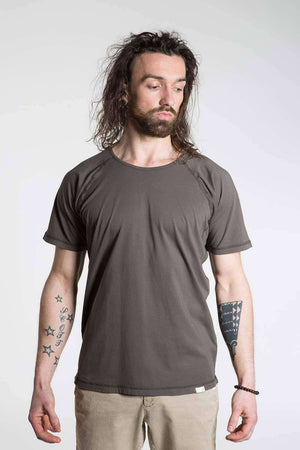 So We Flow Tops Jersey T-Shirt - Men's Yoga Tee - Grit