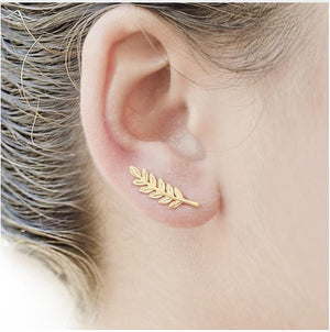 New Vintage Jewelry Exquisite Feather Earrings for Women