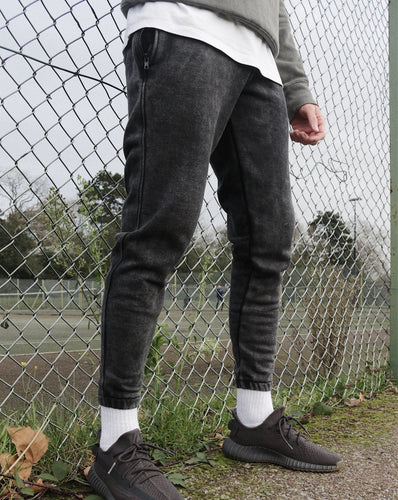 CROPPED JOGGERS - WASHED BLACK