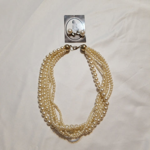 Pearl Strings Necklace