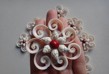 Flower Ornament - Strombus Shell Cross Cut (2 Pieces)