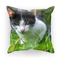 Cute Cat In Yard Closeup Cushion Linen / 18X18 Homeware