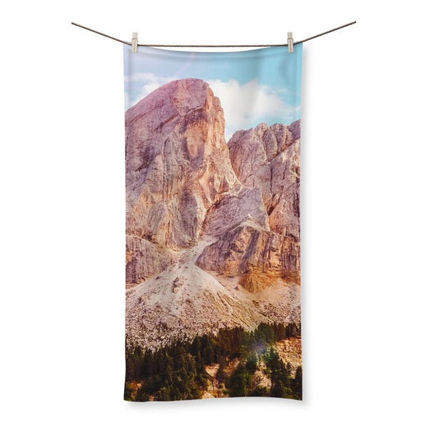 Rocky Mountain Surrounded Beach Towel 19.7X39.4 Homeware