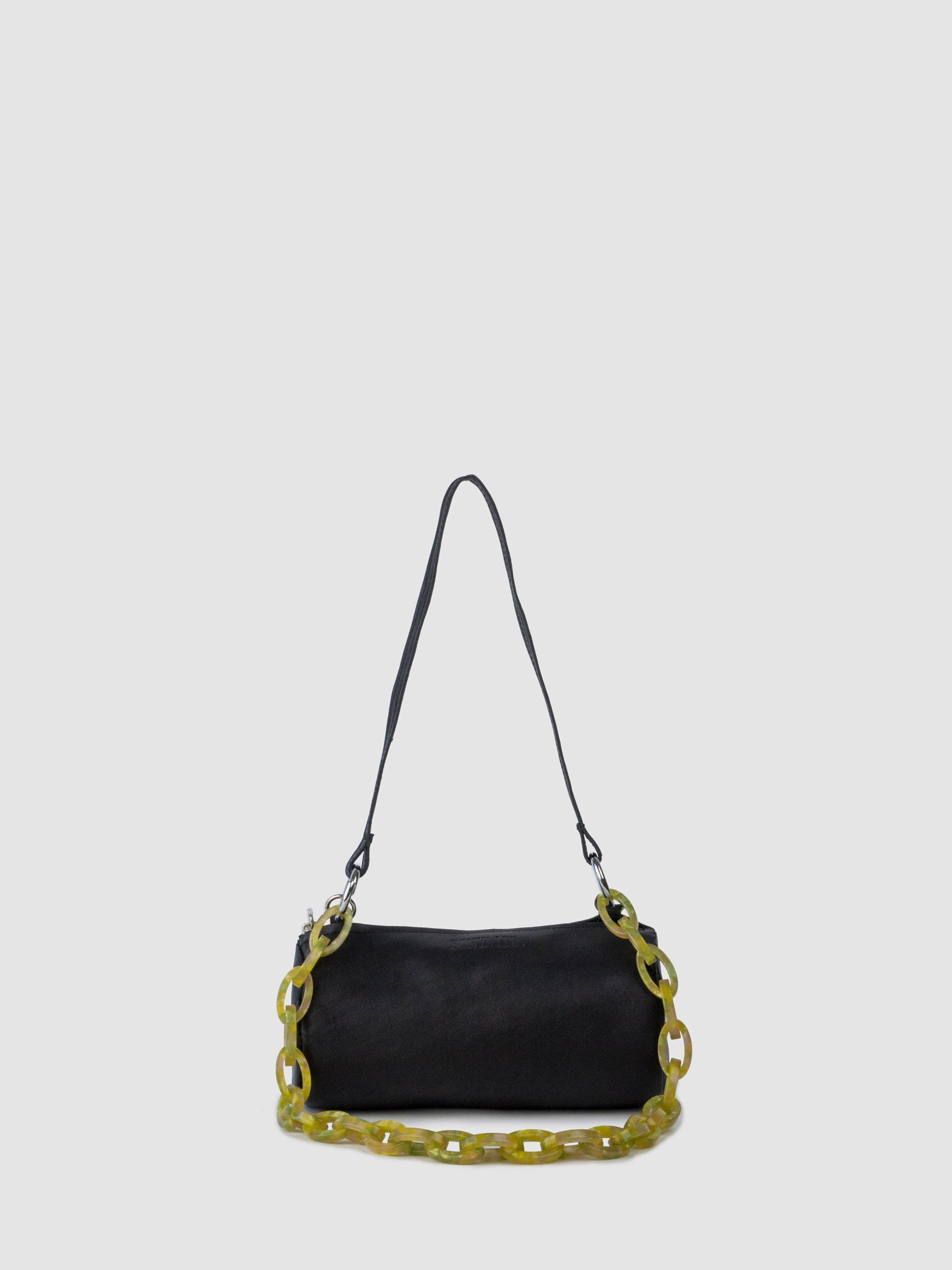 The SONYA LEE 7 bag chain on the Georgia bag in soft black.