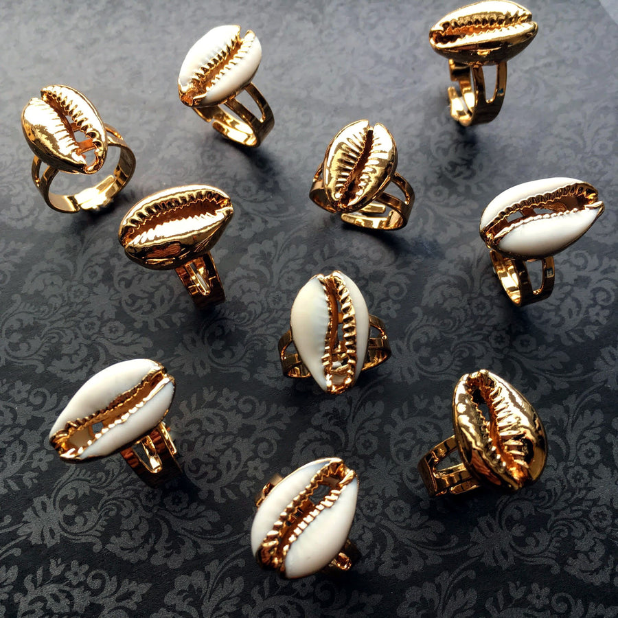 Gold Cowry Rings - Arimas