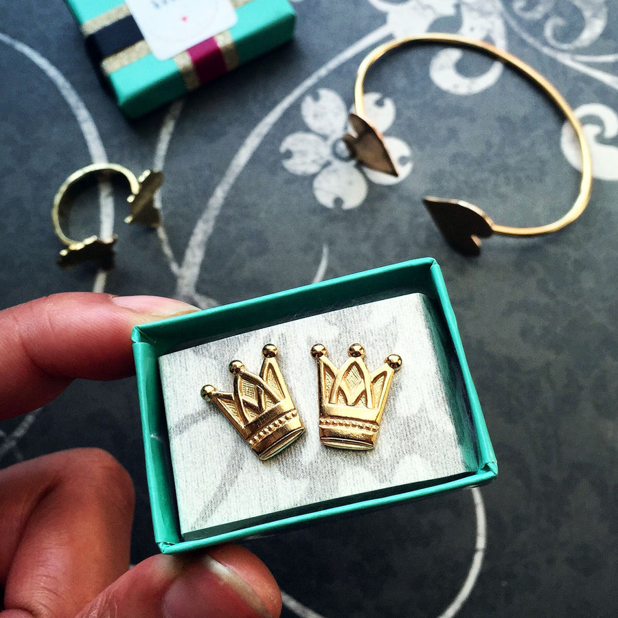 Crown Studs - Arimas